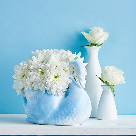 Flower display ideas for Homemaker. Styling, Ella Johnston. Photography, Cliqq Photography.